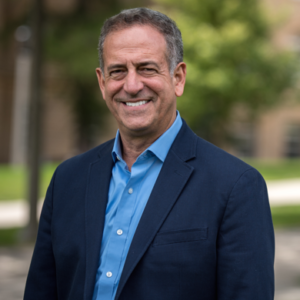 Portrait photo of Russ Feingold